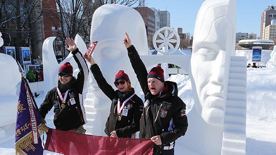 ラトビア初V 国際雪像コンクール詳しくはこちら