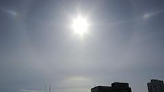 太陽の周りで珍現象 札幌管区気象台に問い合わせ相次ぐ