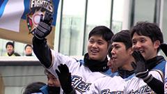 陽選手や大谷選手ら笑顔 ファイターズ優勝パレードに14万人