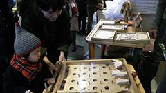 札幌・チカホにユニークなおもちゃが勢ぞろい 子どもの想像力や感性を刺激